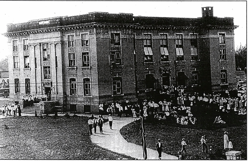 1930s_dobson_courthouse_800x517